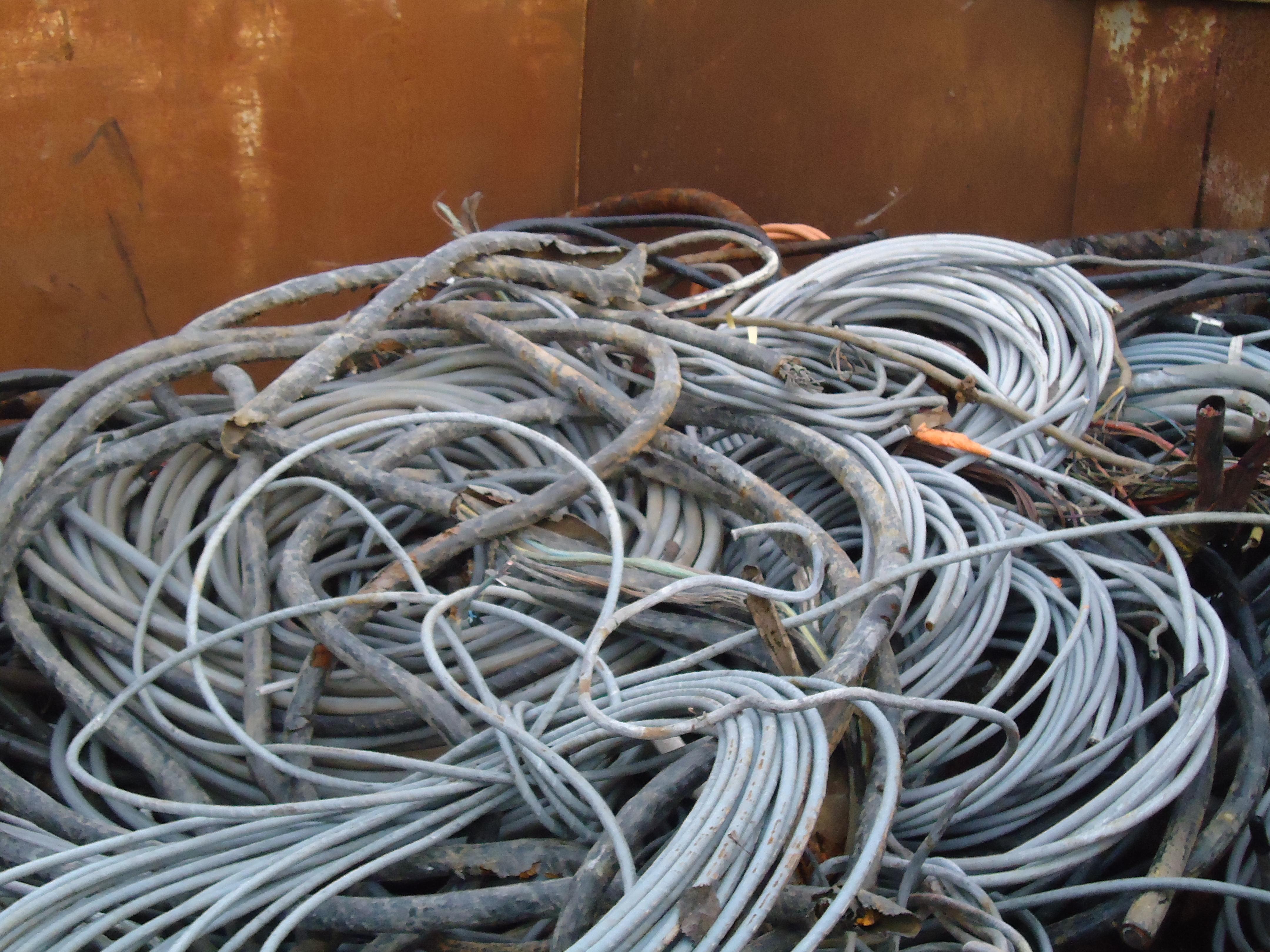 Cable cuivre sous plomb